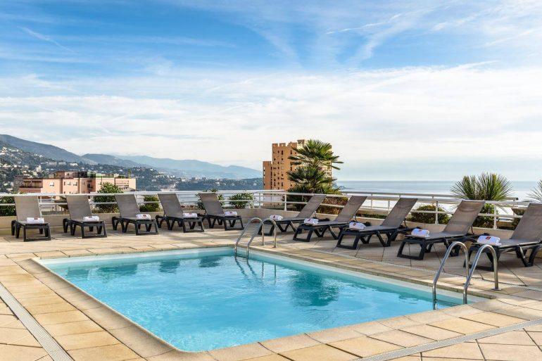 overnachten Monaco zwembad hotel