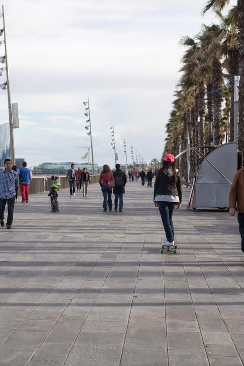 Longboarden in Barcelona