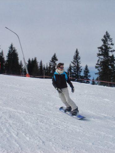 Karlijn op snowboard