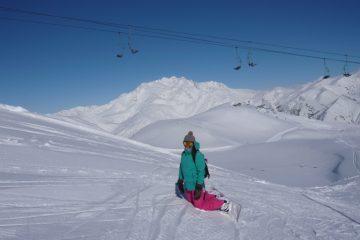 Nuria snowboard chick