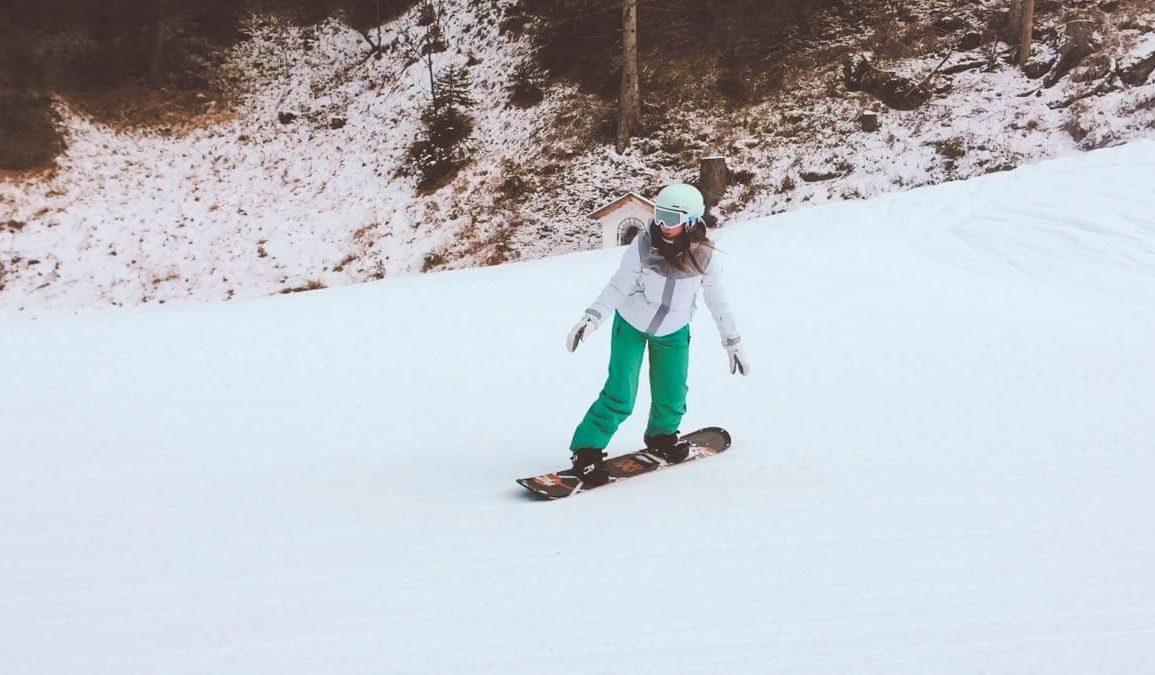 Snowboarder Val Di Fassa