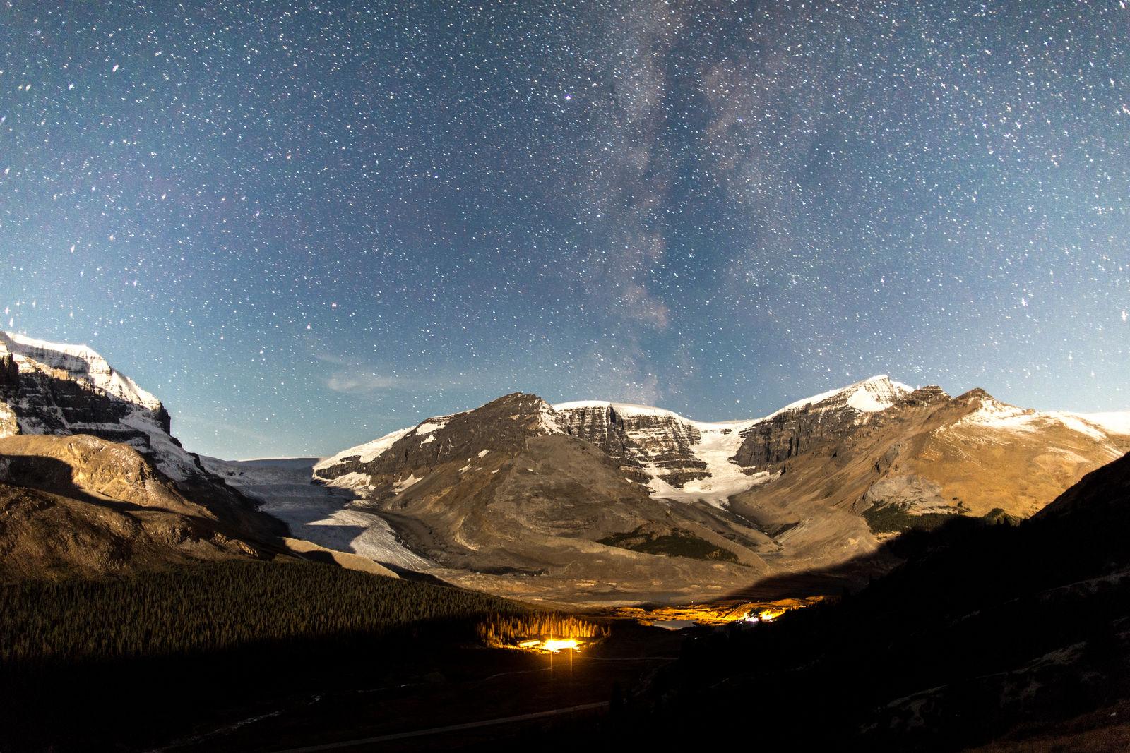 dark-sky-icefields_parkscanada_ryanbray-1600x1600