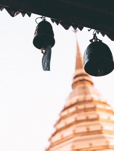 tempel thailand met bellen