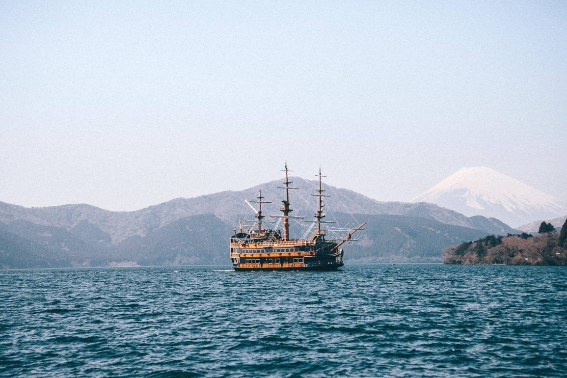 piratenschip in Hakone