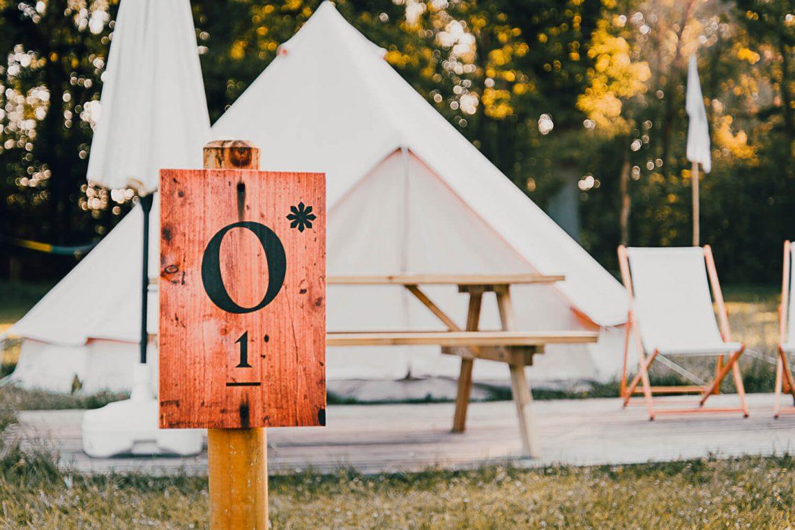 Tent East Nomads met campingplaats nummer
