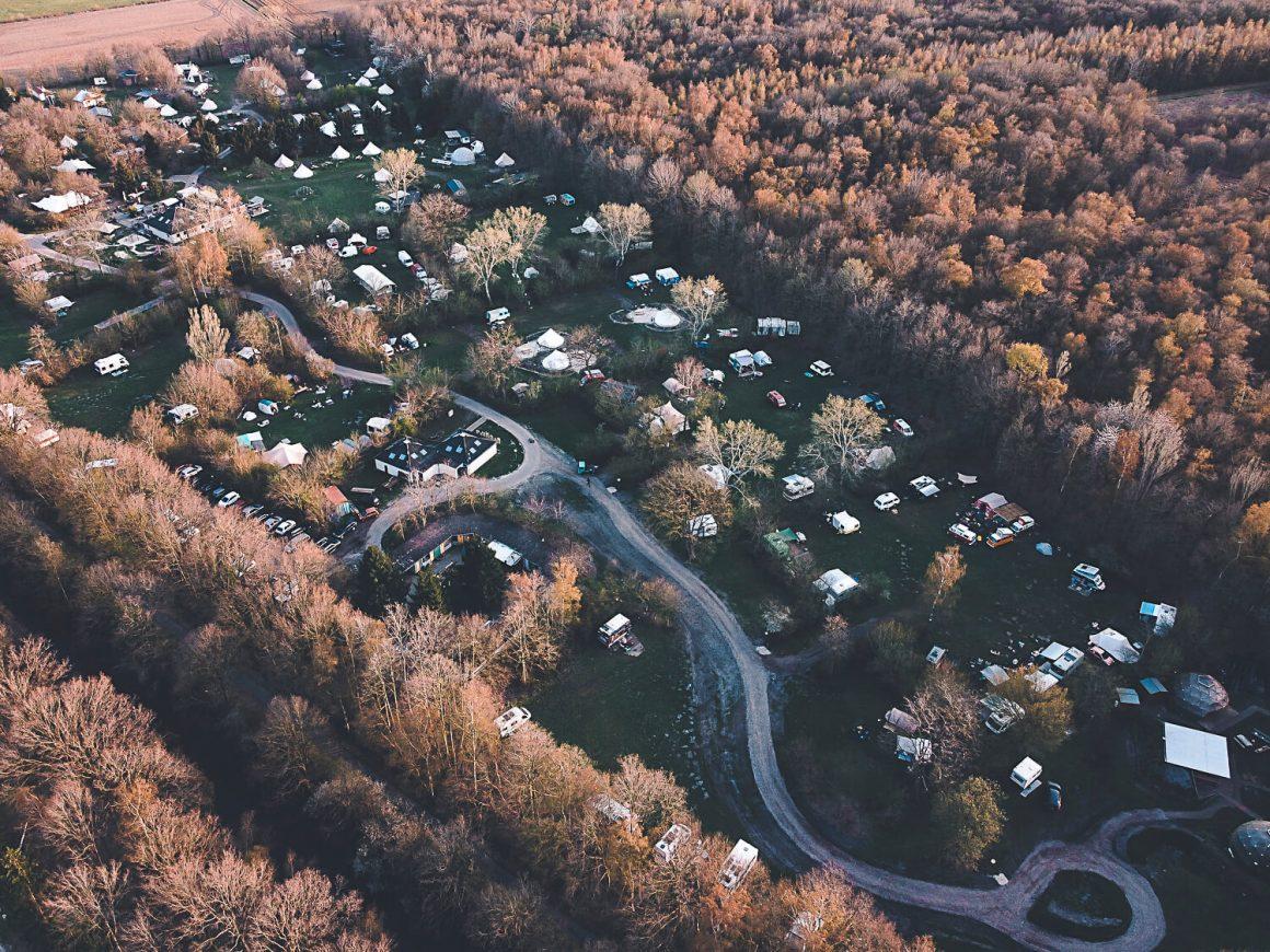 Dronefoto camping Buiteland